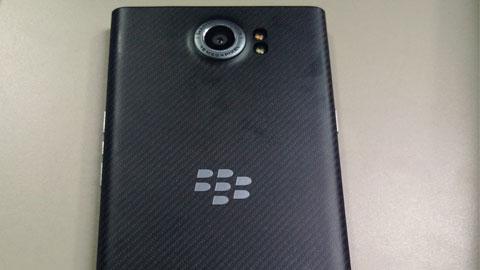 BlackBerry Priv có màn hình cong, hỗ trợ quay video 4K