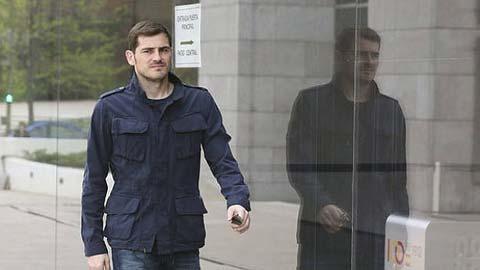 Đầu tư cổ phiếu, Casillas bị lừa nửa triệu euro