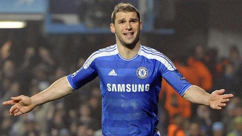 Vực lại hàng thủ Chelsea bằng cách loại bỏ Ivanovic