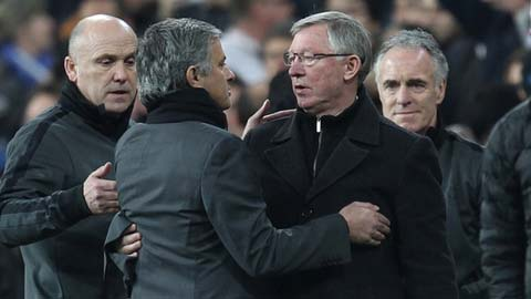 Mourinho không màng tới M.U, kể cả được Sir Alex thuyết phục