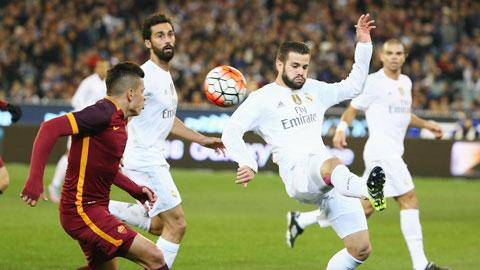 ĐT Tây Ban Nha đau đầu tìm trung vệ