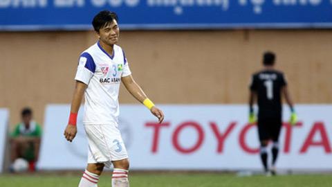Mạnh Hùng bị loại khỏi đội U21 SLNA vì đòi đánh, chửi trọng tài