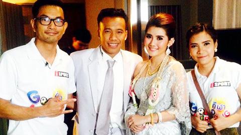 Thonglao cưới vợ, HLV Kiatisak không thể góp mặt