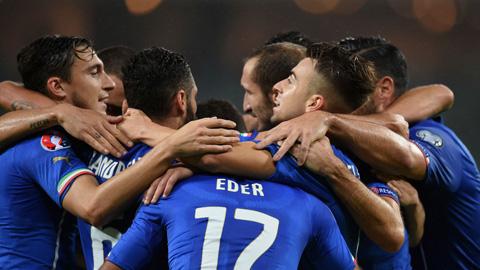 HLV Conte thở phào sau khi Italia giành vé dự EURO 2016