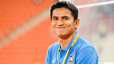 HLV Kiatisak tiết lộ lối chơi của ĐT Thái Lan