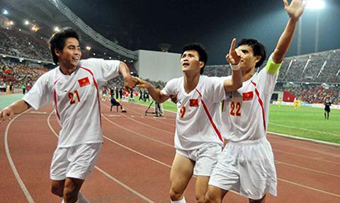 Việt Thắng tin Công Vinh và Trọng Hoàng sẽ làm nên bất ngờ trước Thái Lan