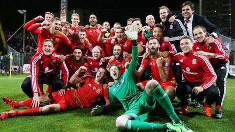Xứ Wales lần đầu dự EURO: Gặp thời một tốt cũng thành công...