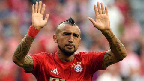 Arturo Vidal trong nỗi ám ảnh Schweinsteiger