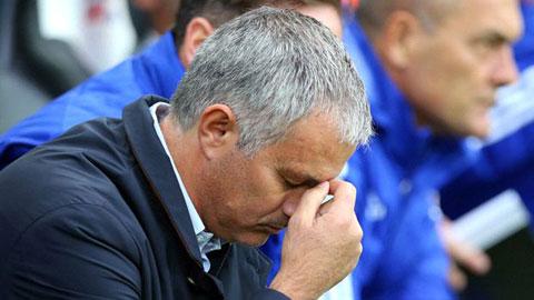 HLV Mourinho khiến bóng đá Anh thụt lùi 30 năm