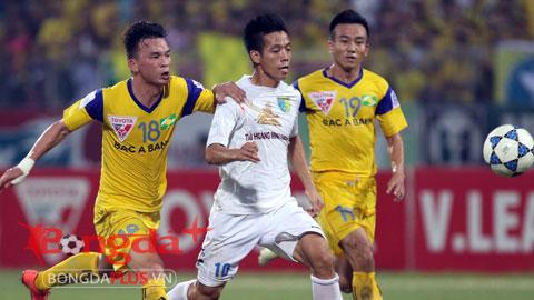 HLV Phan Thanh Hùng sẵn sàng để Văn Quyết rời HN T&T