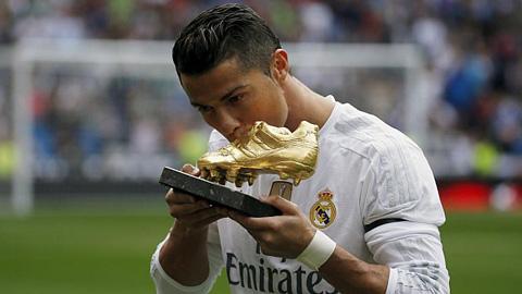 Ronaldo 324 bàn, Raul 323 bàn: Vua săn bàn mới ở Real