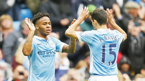 """Man City: """"Bài tẩy"""" tràn tay áo Pellegrini"""