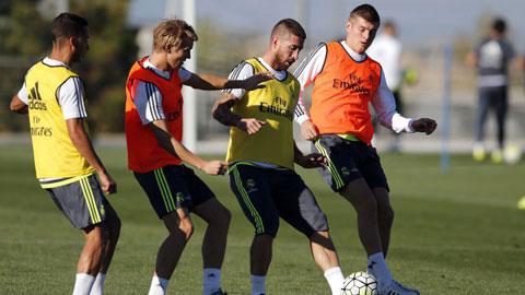 James Rodriguez, Carvajal ngồi ngoài, Ramos có thể dự trận găp PSG
