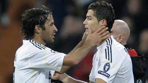 Tại sao Ronaldo không thể được yêu như Raul ở Real?