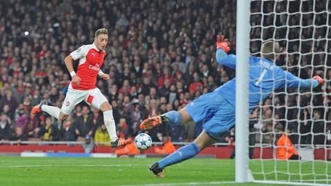 Arsenal: Tình đầu, xin hãy là tình cuối