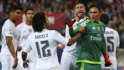 7 hình ảnh Benitez biến Real thành đội bóng phòng ngự tốt nhất châu Âu