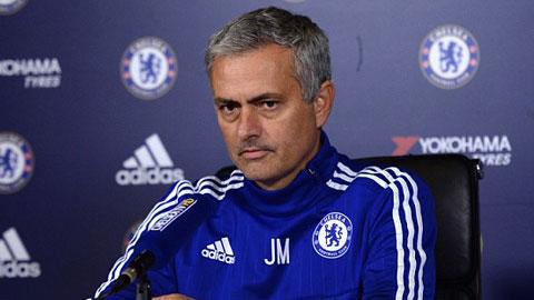 HLV Mourinho cương quyết nhận mình đúng vụ nổi điên khi bị quay lén