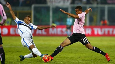 Bị Palermo cầm hòa 1-1, Inter lỡ cơ hội trở lại ngôi đầu Serie A