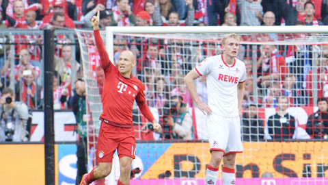 Trở lại sau chấn thương, Robben ngay lập tức ghi bàn cho Bayern