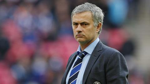 Mourinho đi đâu nếu bị Chelsea sa thải?