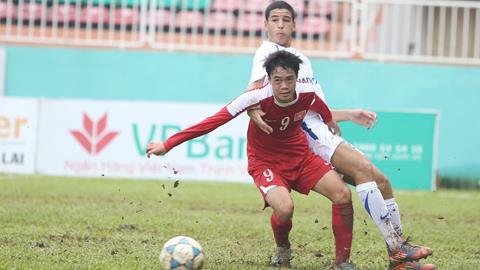 Văn Toàn (áo đỏ) đóng góp 1 bàn thắng trong chiến thắng của U19 Việt Nam 2 trước Liên quân JMG2