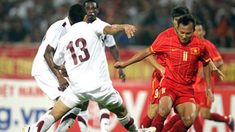 ĐT Việt Nam (áo đỏ) sẽ thi đấu giao hữu với Qatar