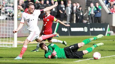 Không khó để Ribery (áo trắng) và đồng đội ghi vài bàn vào lưới Zieler