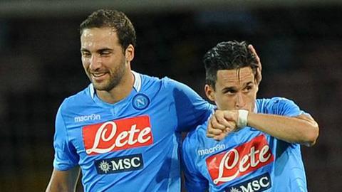 Higuain và Callejon đang tỏa sáng trong màu áo Napoli