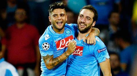 Đánh bại Dortmund, Napoli đã gây ấn tượng mạnh hơn cả hai đại gia Milan và Juventus