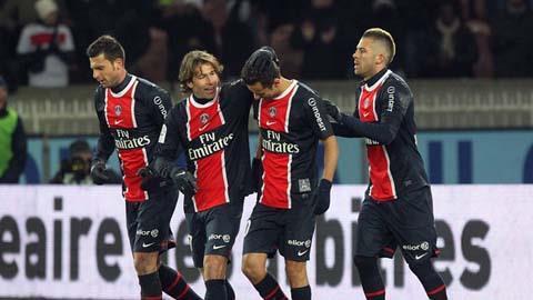 Vấn đề chủ yếu của nhà vô địch Pháp cuối tuần này có lẽ là ở hàng thủ