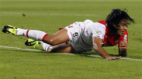 Falcao không thể chọc thủng lưới Reims
