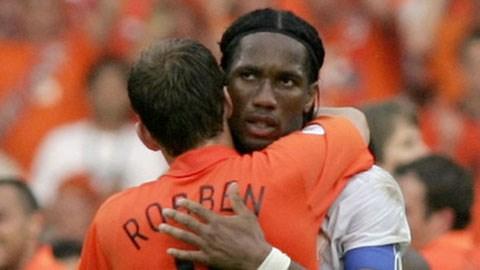 """Robben và Drogba từng phải khổ chiến để giành 1 tấm vé qua """"bảng tử thần"""" tại World Cup 2006"""