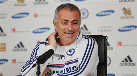 Mourinho không chấp nhận cảnh trắng tay ở Chelsea