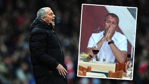 Mourinho đang