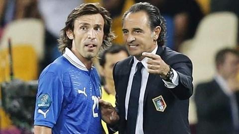 HLV Prandelli và Pirlo sẽ gia nhập Tottenham