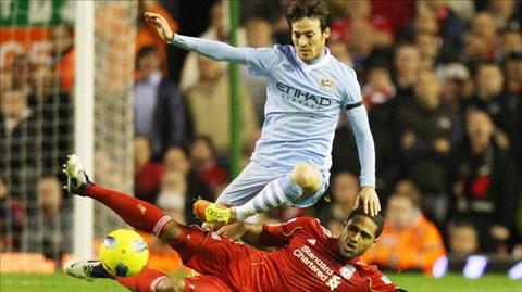 """Với điểm tựa sân nhà, Silva (trên) và Man City đủ sức """"làm gỏi"""" Liverpool"""