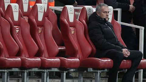 Mourinho cho rằng Arsenal chứ không phải Chelsea là đội... nhàm chán