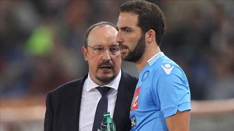 HLV Benitez có thể để Higuain ra đi, nhưng là vào mùa Hè năm sau