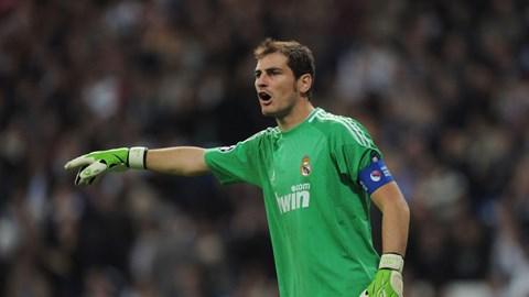 Casillas đang không được bắt chính thường xuyên như Diego Lopez