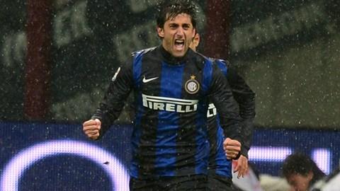 Diego Milito muốn được tiếp tục công hiến cho Inter