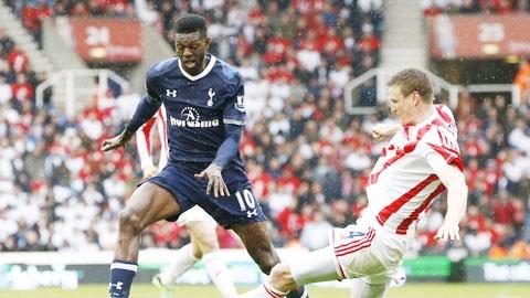 Sân nhà và lực lượng hùng hậu hơn sẽ giúp Tottenham (trái) đánh bại Stoke City