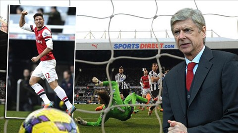 HLV Wenger có thể xoa tay hài lòng sau chiến thắng cuối năm