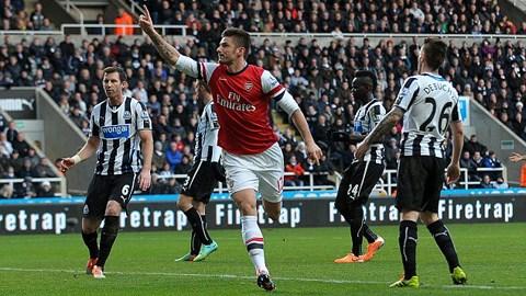 Tiền đạo Olivier Giroud của Arsenal