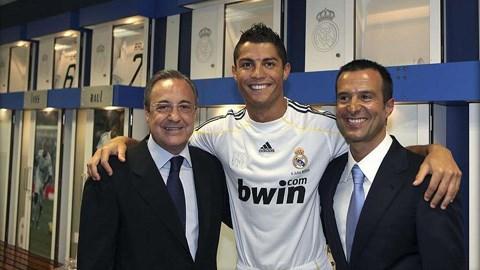 Chủ tịch Perez, Ronaldo và siêu cò Mendes