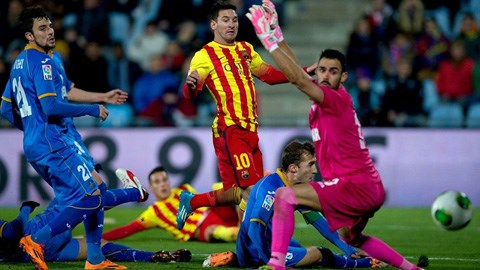 Getafe 0-2 Barca: Messi lập cú đúp đưa Barca vào tứ...