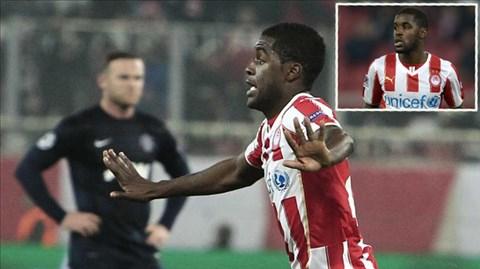 Joel Campbell ghi bàn ấn định chiến thắng 2-0 cho Olympiakos