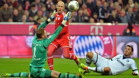 Robben gia hạn hợp đồng với Bayern tới năm 2017