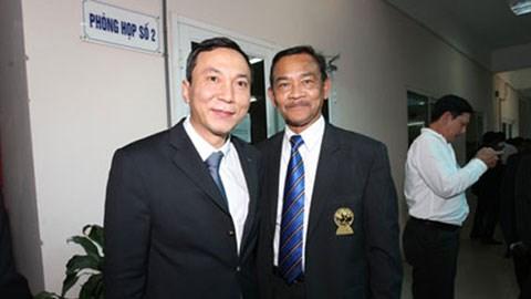 Ông Trần Quốc Tuấn (bên trái) đắc cử Phó Chủ tịch phụ trách chuyên môn - Ảnh: Đức Cường