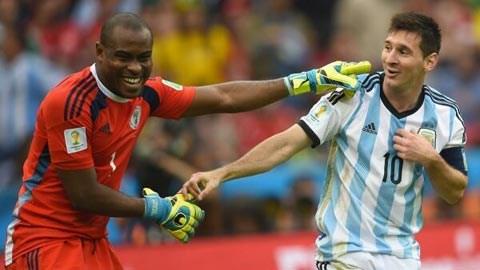 Nigeria 2-3 Argentina: Cả nhà cùng vui