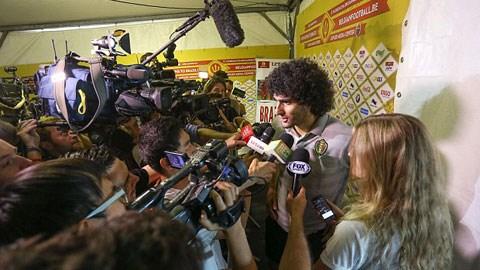 Fellaini phủ nhận việc sắp bị M.U bán